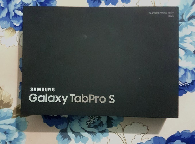 Bán Samsung Galaxy TabPro S 12inch màu Đen xách tay - 1