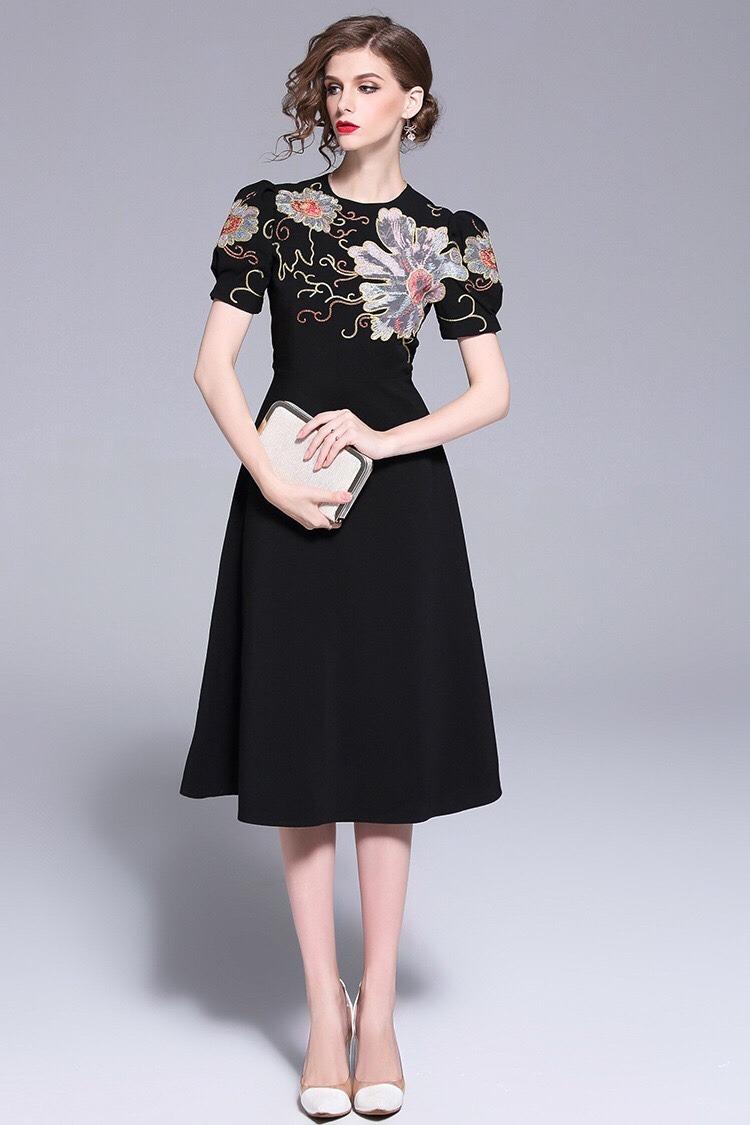 Váy đầm dự tiệc sang trọng - Độc đáo - Giá cả hợp lý VD09